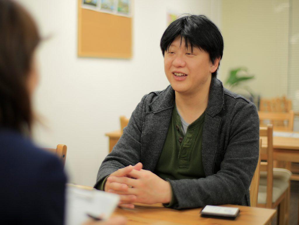 ボードゲームカフェ『ベロニカペルシカ』のマスター・安齋敦さん