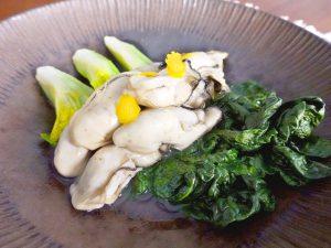 牡蠣とちぢみ雪菜のサッと煮